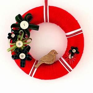 How to make a wrapped wool Christmas wreath Christmas