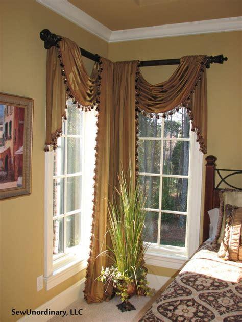 25 best ideas about bay window curtain rod on