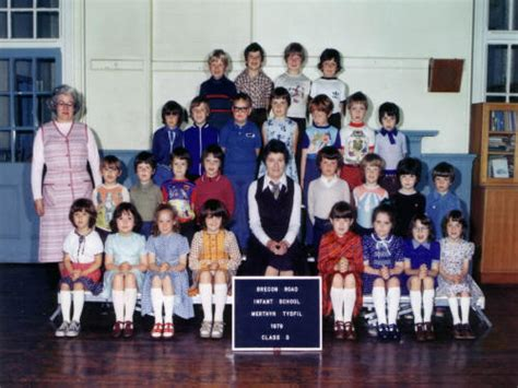 brecon road infants school
