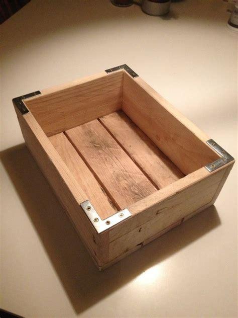 Kiste Aus Paletten Bauen by Wooden Pallet Box 163 15 00 Pallet Craft Ideas Holz