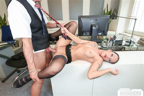 Bums Buero German Milf Kate Nox In Dirty Office Fuck