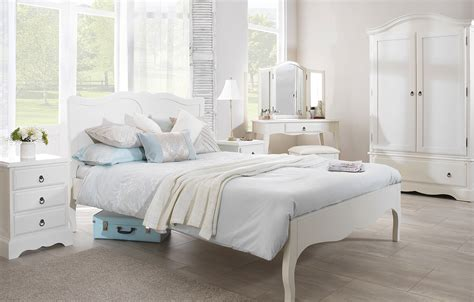 antique white furniture ideas for a bedroom