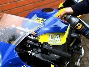 Motorrad Kühler Reinigen : motorrad reinigen richtig einfach dank wd 40 produkten ~ Orissabook.com Haus und Dekorationen