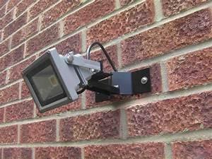 Wall mounted floodlight bracket for or watt led