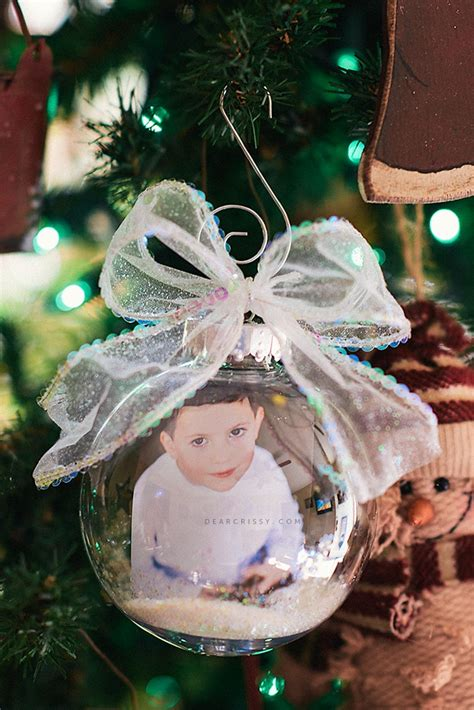 photograph christmas ornaments diy photo ornament