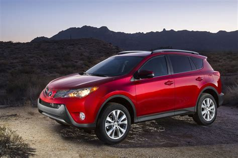toyota rav 2015 toyota rav4 reviews and rating motor trend