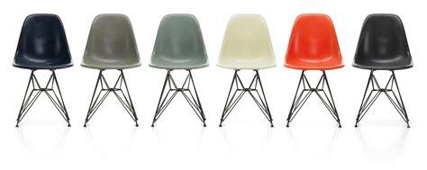 vitra eames fiberglass side chair dsr