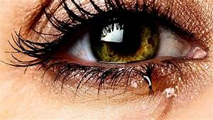How To Treat Watery Eyes With Simple Home Remedies