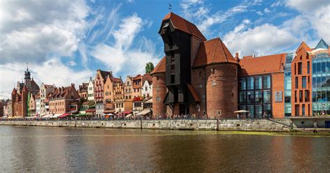 An important cultural seat, it contains schools of medicine, engineering, and fine arts. Gdansk Holidays 2019 | Cheap Holidays to Gdansk | lastminute.com