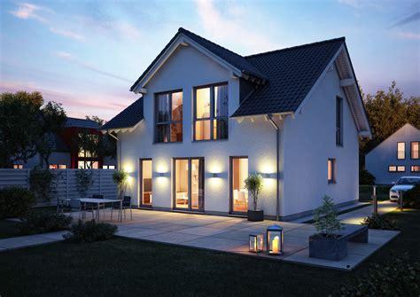 Häuser by Kern Haus Komfort Satteldach Am Abend