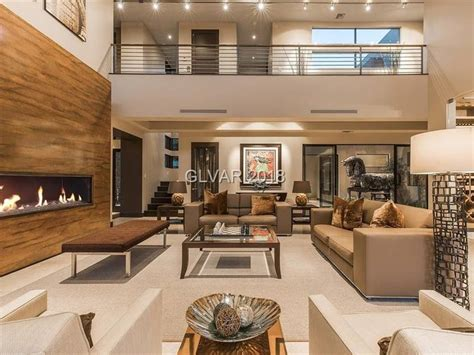 Stunning Home Interiors by Las Vegas Mansion Offers Luxurious Living Inside And