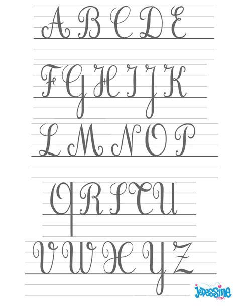 comment dessiner les lettres cursives majuscules fr