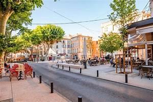 Garage Salon De Provence : salon de provence stad in frankrijk redactionele fotografie afbeelding bestaande uit groen ~ Gottalentnigeria.com Avis de Voitures