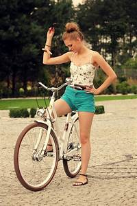 Beauty Girl  U0026 Bike Cycle