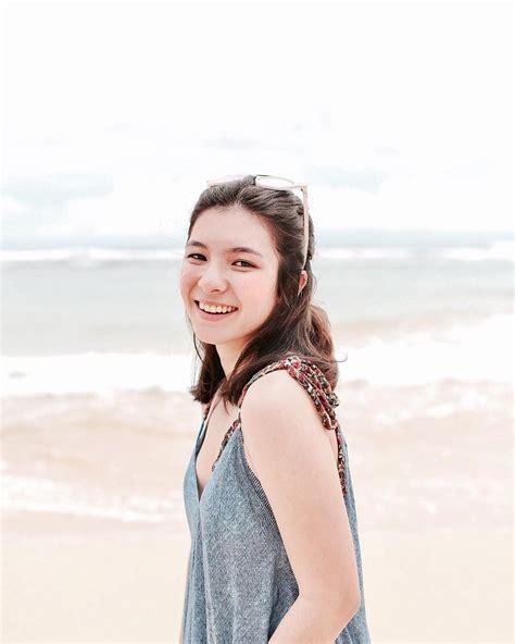 17 Potret Shaloom Razade Putri Cantik Wulan Guritno