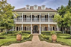 Southern Colonial Photo by Southern Colonial In Houston Luxury Homes