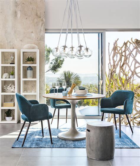 fauteuil en velours bleu p 233 trole sacha maisons du monde