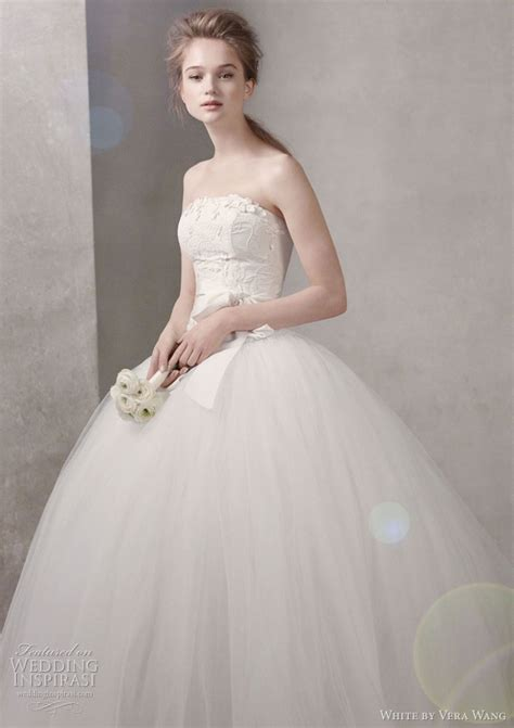White By Vera Wang Fall 2011 Wedding Dresses Wedding
