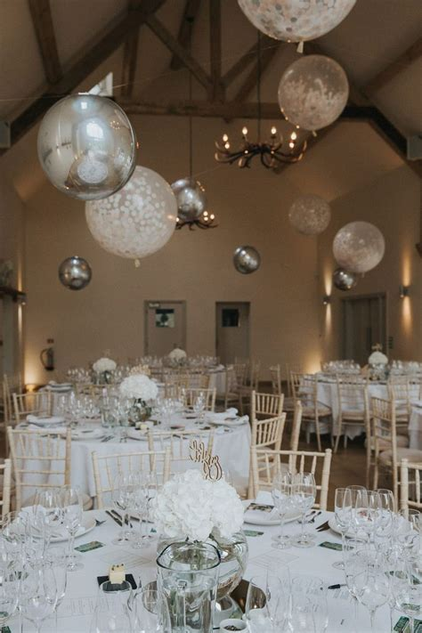 wedding reception decor with balloons best 25 wedding balloons ideas on pinterest diys with