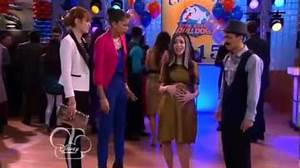 "Video - Shake It Up season 2 episode 21 ""Future It Up ..."