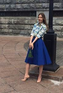 Fantastic Outfit Ideas with Feminine Midi Skirts - Pretty Designs
