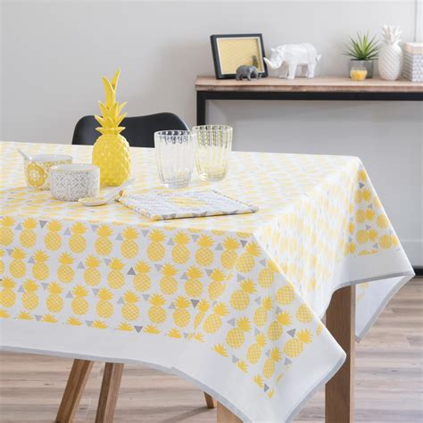 nappe en coton jaune    cm pinapple maisons du monde dining table yellow cotton