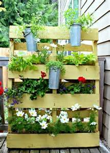 europaletten balkon holz europaletten möbel für garten und balkon ideen zum selberbauen gartenideen