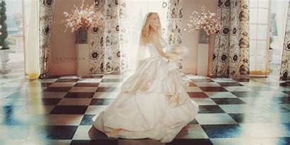 Carrie Dresses Gown Bridal Bradshaw Less Things