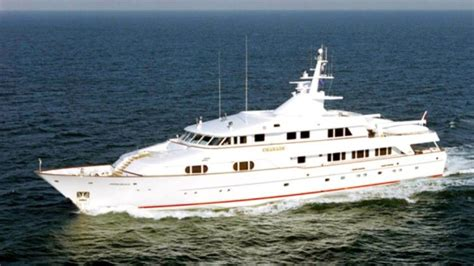 bill gates honeymoon superyacht listed  sale