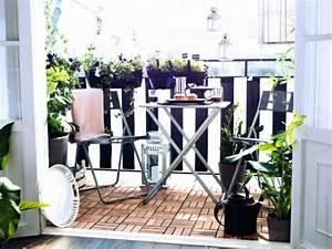 Ikea Balkon Fliesen : holz fliesen auf dem balkon verlegen schnelle anleitung ~ Lizthompson.info Haus und Dekorationen