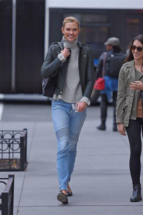 Karlie Kloss Carries Chanel Nyc Purseblog