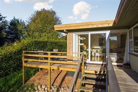 geländer für terrasse ny h 230 vet tr 230 terrasse med gel 230 nder og trappe i helsinge h 229 ndv 230 rker dk