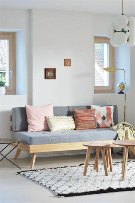 canapé sous fenetre quelle couleur pour un salon 80 idées en photos