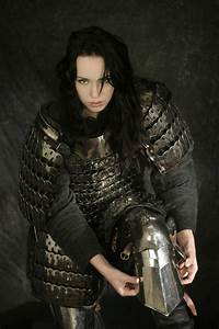 female fighter paladin knight soldier scale mail armor ...