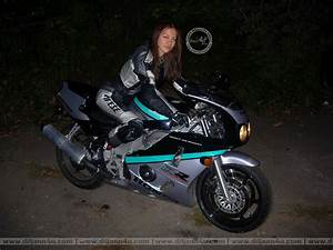Sportbike Girl Wallpaper - WallpaperSafari