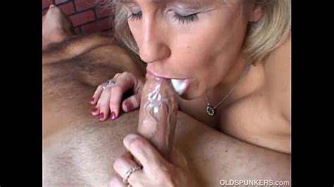 Beautiful Beefy Old Spunker Gives An Amazing Sloppy
