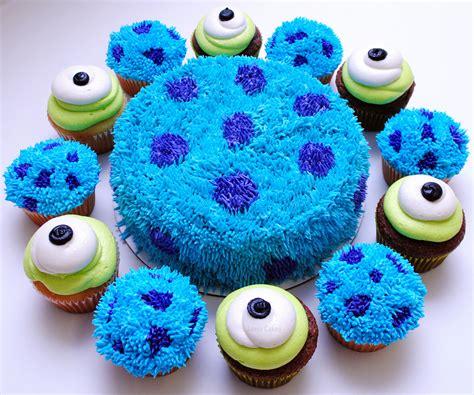 monsters  cake  cupcakes jamie cakes