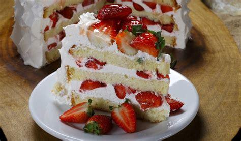 Receptes.lv - 15 viegli gatavojamas tortes un kūkas