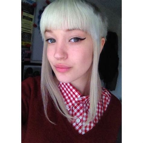 First the hair was cut off than the chelsea portion was cut. 103 best Skinhead Girl images on Pinterest | Skinhead girl ...