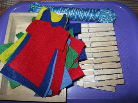 the preschool experiment tot trays laundry theme 715 | 20120416 0514