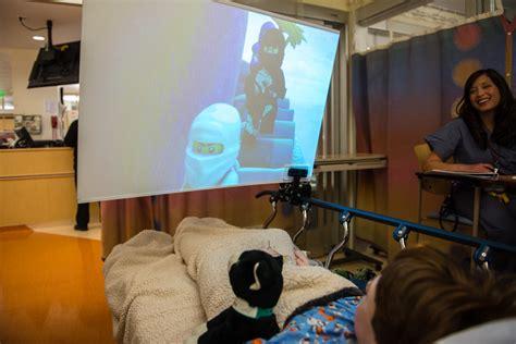 docs  technology  distract relax kids  surgery
