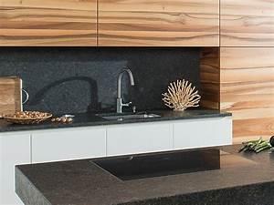 Folie Für Küchenarbeitsplatte : gestaltungstipp k chenr ckwand arbeitsplatten bei k chenatlas ~ Sanjose-hotels-ca.com Haus und Dekorationen