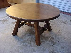 Coffee table round antique coffee table for living room for Large round rustic coffee table