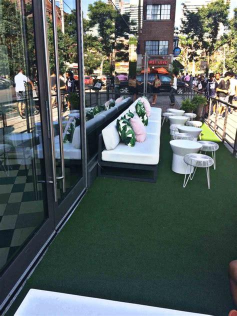 balcony grass carpet   condo rooftop penthouse sgc