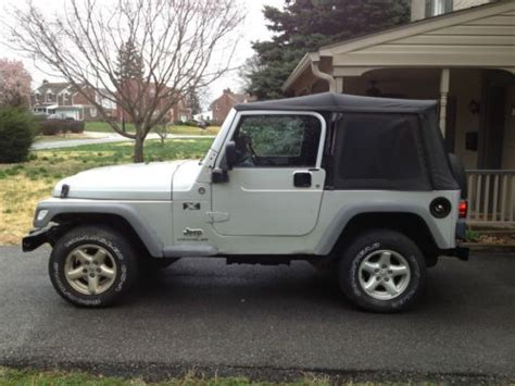 Sell Used 2005 Jeep Wrangler X Trail Rated 4x4 One Owner