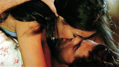 actress lipstick kiss hot bollywood actress lip kiss pics hd group sex