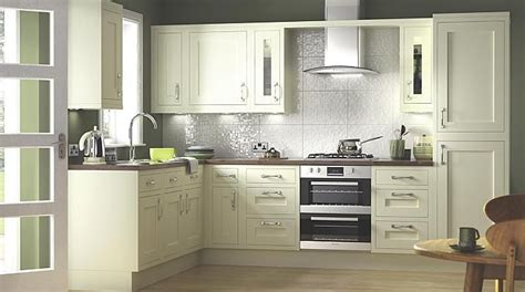 kitchen cabinets b q b q a maybe kitchen diner room kitchen 2880