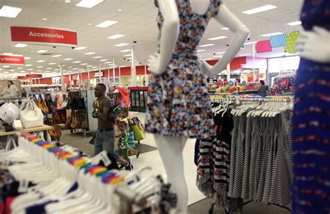 lack  brand loyalty disrupts clothing business news