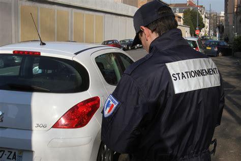 montant amende stationnement genant stationnement les amendes 224 17 euros