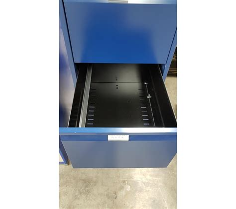 lot de 2 armoires bleu bisley pour dossiers suspendus faillites info